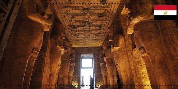 معبد ابو سمبل من الداخل